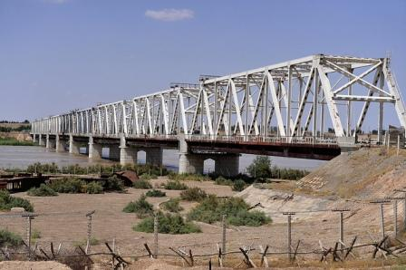 uzbekistan afghanistan friendship bridge hairatan