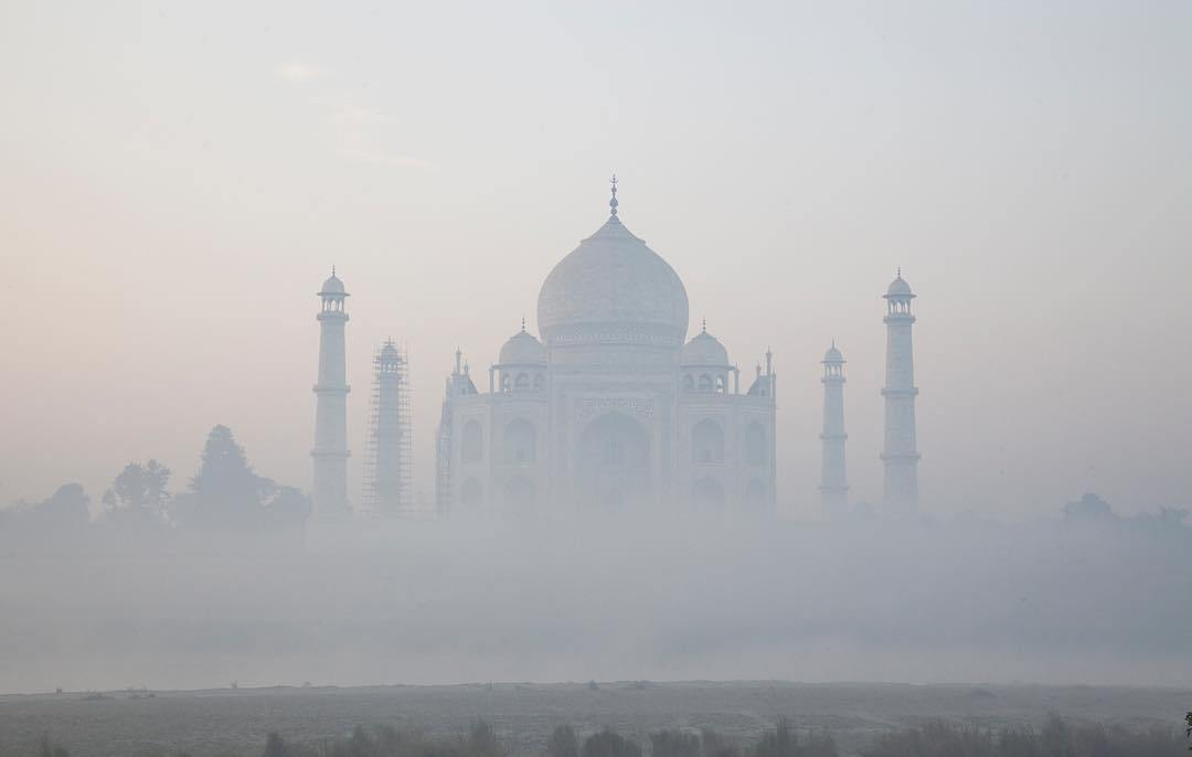 taj mahal pollution